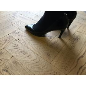 P127 Light Burnt Tumbled Parquet Flooring, size 16x70x280mm