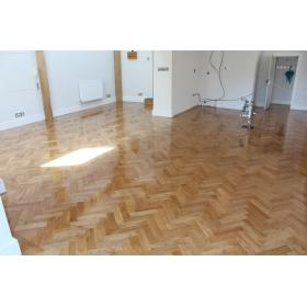 Tumbled Prime Oak Parquet Flooring Blocks Satin Oil Finish, size 16x70x280mm